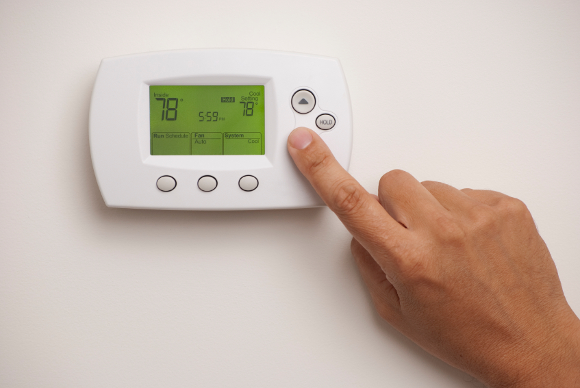 How a programmable thermostat can save you money How can you reduce heat loss in a house