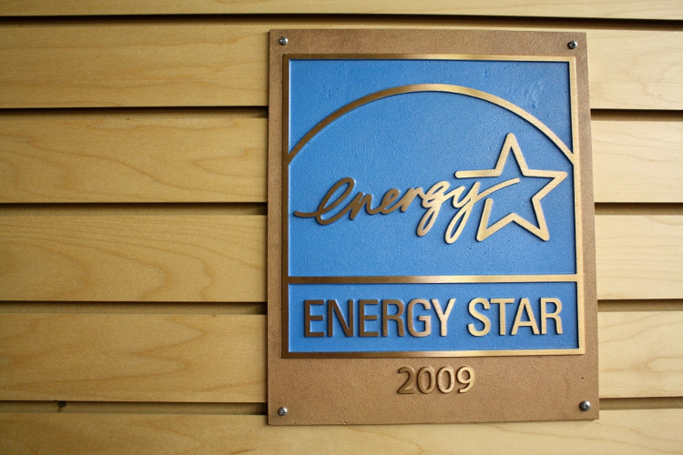 """What exactly does that """"Energy Star"""" label mean?"""