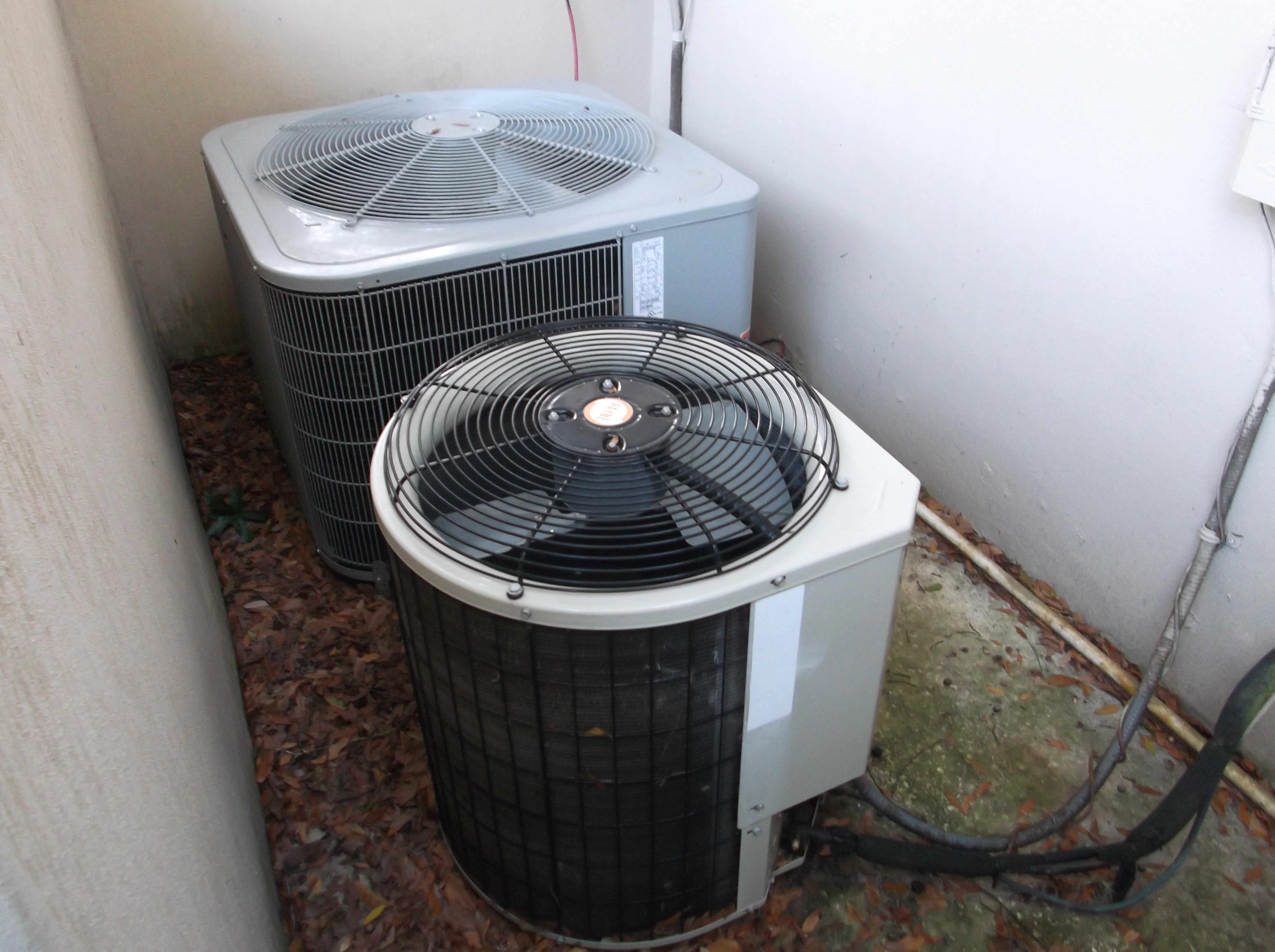 How to Clean the Outdoor AC Unit