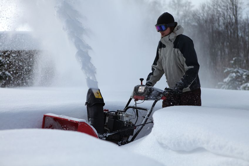 Prepping your snow blower for the long winter